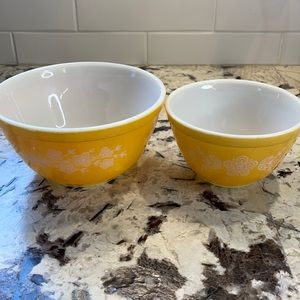PYREX Vintage Butterfly Gold Stacking Bowls